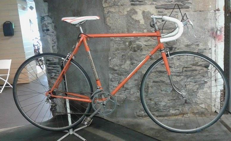 Vélo Vintage Orange